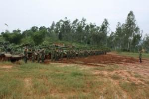Hạ mệnh lệnh hành quân chiến đấu trong diễn tập ở Lữ đoàn H01.