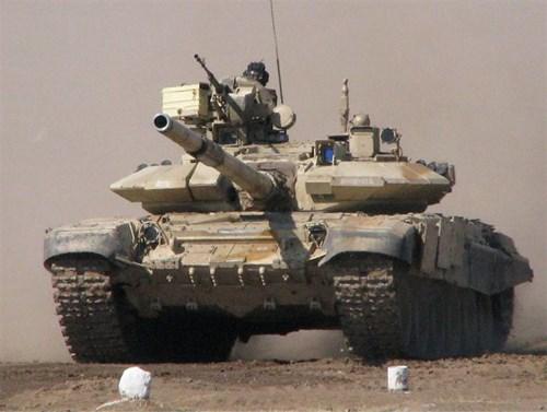 Xe tăng T-90 Ấn Độ mua từ Nga.